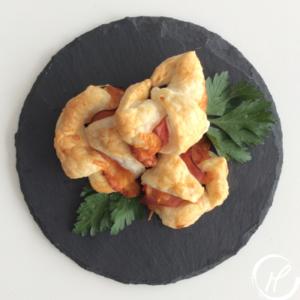 Diese schnelle Blätterteig Croissants sind in 10 Minuten gemacht und ein toller Partysnack!
