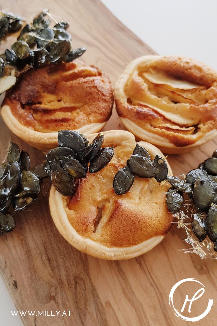 Meine Inspiration: die Apfeltarte meiner Mama, und eine Snack Idee, die Heisshunger verhindert! #halloween #apfelcups #erdnuss